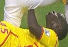 Balotelli'den Adrian'ı çıldırtan faul
